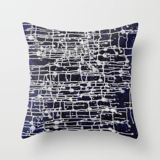 dark-star-pillows