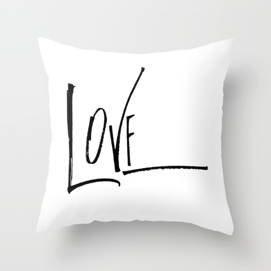 Di Piazza_love pillow