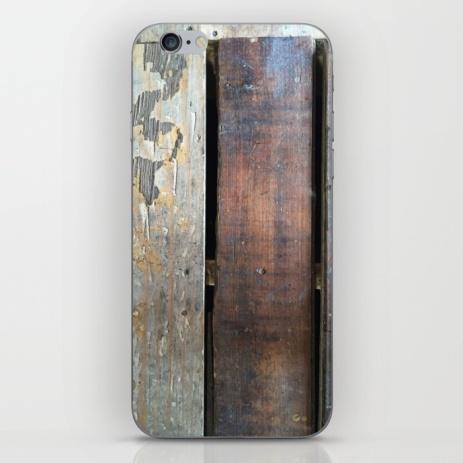 rustic-wood-phone-skins